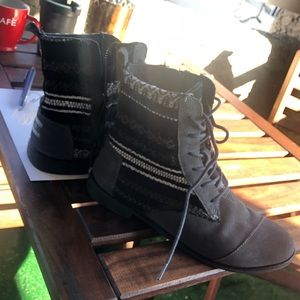 Toms Alpha Ankle Boots